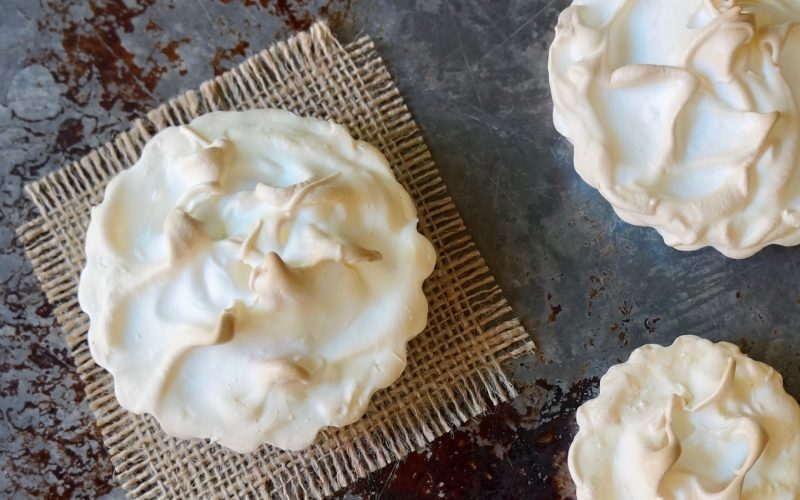 How To Make Meringue For Pie By Rebecca Gordon Buttermilk Lipstick TV Cooking Personality Tide & Tigers Today Game Day Tailgating Host Raycom Sports WBRC Fox 6 Birmingham Alabama Editor-In-Chief Buttermilk Lipstick Author Writer Food Stylist Southern Hostess Cooking Lessons Tailgating Expert