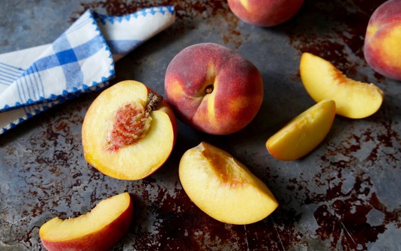 How To Make A Peach Slab Pie By Rebecca Gordon Editor-in-Chief Buttermilk Lipstick Birmingham Alabama TV Cooking Personality Food Stylist Writer Author Tailgating Expert Southern Hostess Sports Entertaining Tide & Tigers Today Tailgate Host WBRC Fox 6 Cooking Lessons How To Make Stars Fell On Alabama Peach Pie