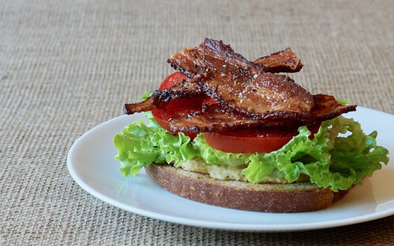 Green-Leaf-Lettuce-Bacon-Lettuce-Tomato-Sandwich-Peanut-Hummus-Rebecca-Gordon-Buttermilk-Lipstick-Southern-Hostess-Cooking-Class-Rebecca-Gordon-Publisher-Pastry-Chef-TV-Personality-Birmingham-Alabama