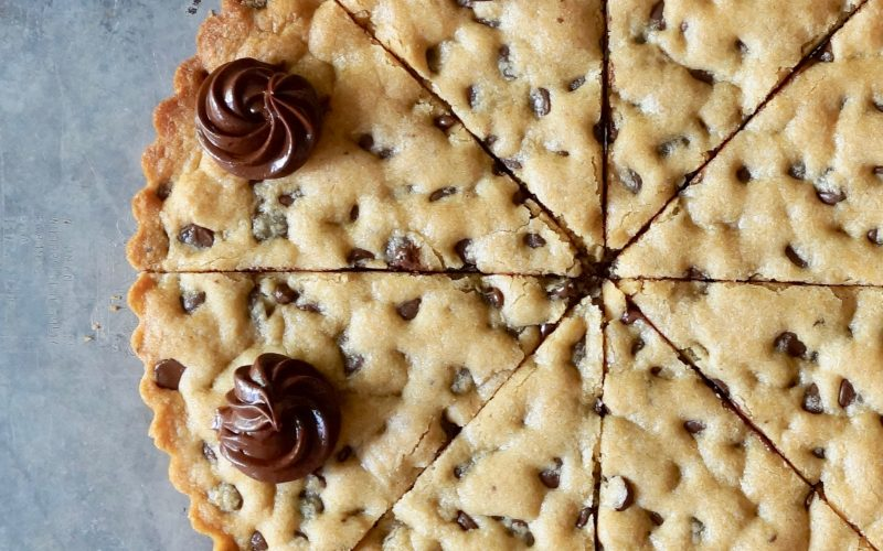 Classic-Chocolate-Chip-Cookie-Cake-Rebecca-Gordon-Southern-Entertaining-Buttermilk-Lipstick-Southern-Entertaining-TV-Cooking-Personality-Pastry-Chef-Birmingham-Alabama