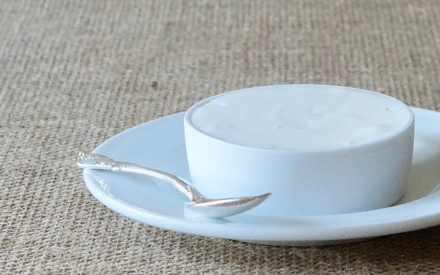 Sour-Cream-Cooking-Essentials-Rebecca-Gordon-Editor-In-Chief-Buttermilk-Lipstick-Culinary-Techniques-RebeccaGordon-Southern-Entertaining-Pastry-Chef-Birmingham-Alabama