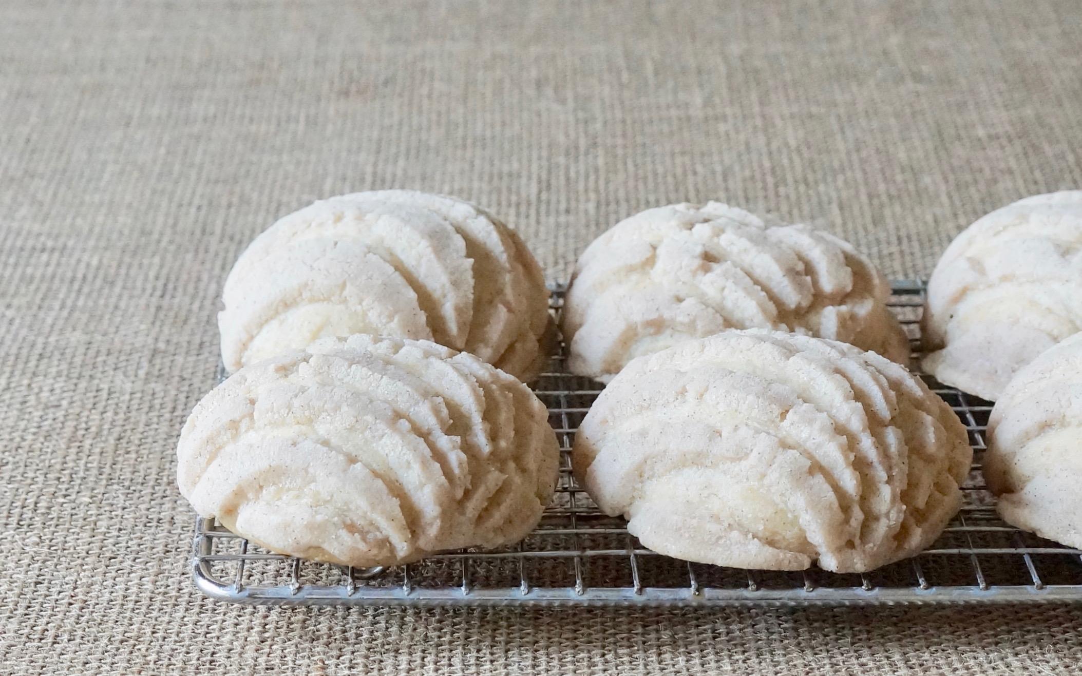 How-Do-You-Make-Buttermilk-Conchas-Rebecca-Gordon-Editor-In-Chief-Buttermilk-Lipstick-Baking-Entertaining-Tutorials-Southern-Hostess-RebeccaGordon-Pastry-Chef-Birmingham-Alabama