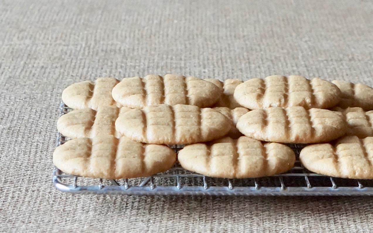 Classic-Peanut-Butter-Cookies-Rebecca-Gordon-Publisher-Buttermilk-Lipstick-Culinary-Entertaining-Techniques-Pastry-Chef-RebeccaGordon-Birmingham-Alabama