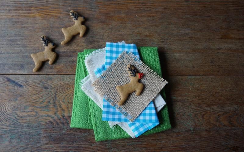 Rudolph Gingerbread Cookies RebeccaGordon ButtermilkLIpstick Southern Christmas Ideas Entertaining Hostess Party Kids Reindeer