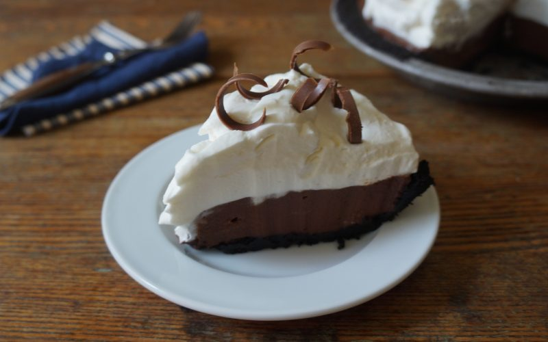 How To Make Barbecue Pies Chocolate pie summer entertaining tailgating party RebeccaGordon ButtermilkLIpstick Southern Classic Recipes