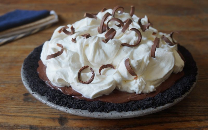 How To Make Southern Icebox Pie RebeccaGordon ButtermilkLIpstick Southern Pie Crumb Crust Chocolate Whipped Cream Barbecue Dessert BBQ entertaining tailgate food party tailgating birthday