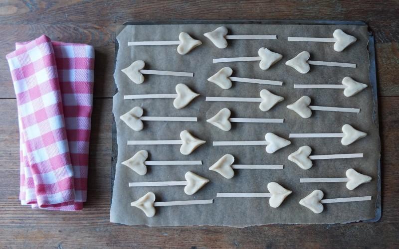 Buttermilk Shortbread Cookie Arrows Valentine Exchange food craft cards kids