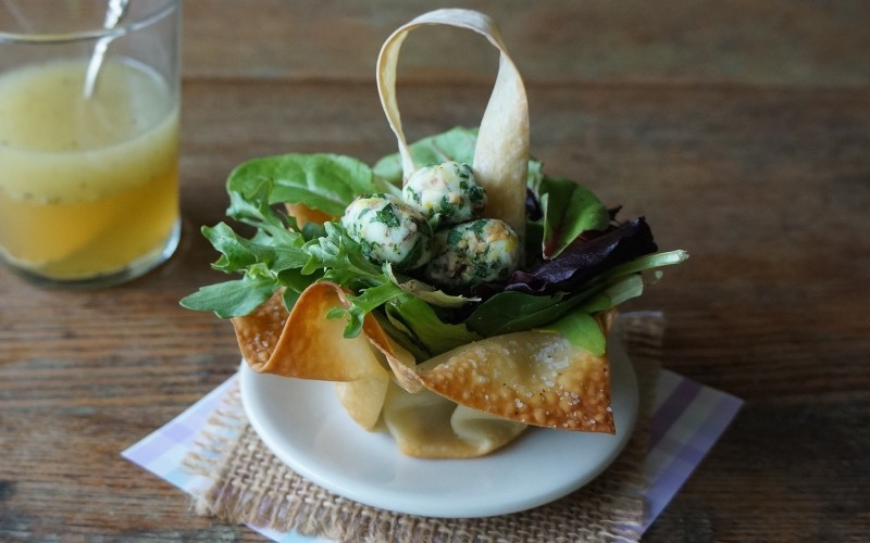 Lemon-Honey Vinaigrette Bird Nest Spring Salads with blue cheese eggs rebeccagordon buttermilklipstick southern hostess easy entertaining tailgating recipes parties showers