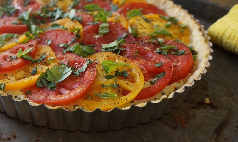 rebeccagordon southern hostess Tomato-Basil Tart Pie Heirloom Tomatoes How To Tomatoe Pie Cooking Lessons